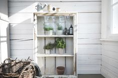 Woodworking Projects You Can Sell. You can get instant access to over woodworking projects in the next 5 minutes or less… Building A Shed, Furniture Plans, Wooden Garden, Ladder Decor, Shed Plans, Barn Plans, Woodworking, Woodworking Projects, Shed Building Plans
