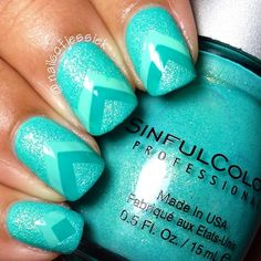 These turquoise nails are perfect. Love the chevron touch.