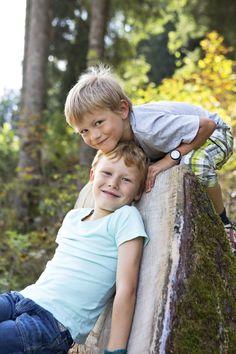 Kinderabenteuer im Feriendorf // Children's adventure program in the holiday village Adventure, Couple Photos, Couples, Children, Holiday, Couple Shots, Young Children, Boys, Vacations