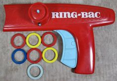 Vintage OHIO ART Toy Ring-Bac Plastic Disc Ring Shooting Gun w/ 7 Discs Rare HTF #OhioArt