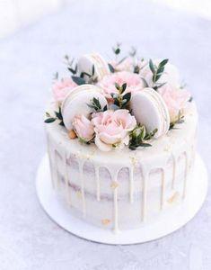 Birthday Cake Decorating Design Awesome 54 Ideas – Cakes and cake recipes Pretty Cakes, Cute Cakes, Beautiful Cakes, Amazing Cakes, Creative Birthday Cakes, 16th Birthday Cakes, Amazing Birthday Cakes, Rustic Birthday Cake, Birthday Cake Roses