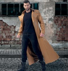 Long, dramatic men's coat sewing pattern by Yaya Han for McCall's. M7374, collared and seamed coats for cosplay and costumes.