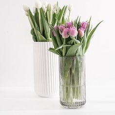 Almost weekend . Have a nice day All . .  .  .  .  #tulips#flowerstagram #lyngbyvasen #lyngbybyhilfling #lyngbyporcelæn #weekend#goodmorning