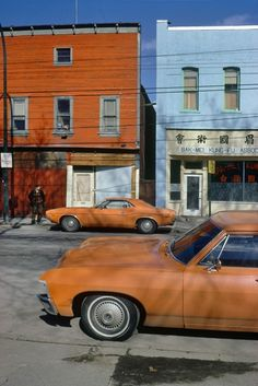 Orange Cars Powell. Photo by Fred Herzog.