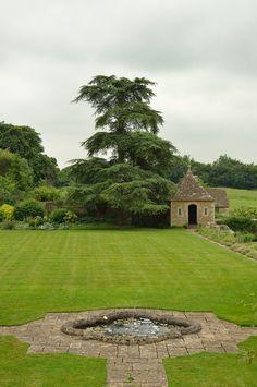 Great Chalfield Manor, Wiltshire, Englandbyvintage 1953 & wackymoomin