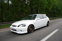 Imagen insertada Honda Civic Hatchback, Honda Crx, Ek Hatch, 1999 Honda Civic, Civic Jdm, Honda Civic Type R, Japanese Domestic Market, Import Cars, Japan Cars
