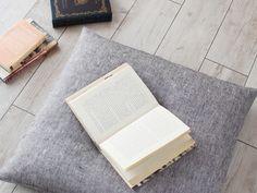 リトアニアリネン(麻100%) 座布団カバー 約55×59cm バンディエラ