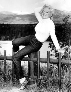 Marilyn in Canada during filming of River of No Return, 1953. Photo by John Vachon.