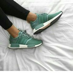 cheap for discount 04017 8a1d6 Zapatillas Mujer Nike, Zapatos Adidas, Ropa, Adidas Nmd Mujer, Deportivas  Nike Mujer