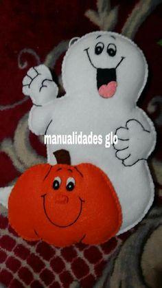 Moldes Halloween, Adornos Halloween, Halloween Ghosts, Halloween Crafts, Halloween Decorations, Imprimibles Halloween, Felt Applique, Fall Decor, Snoopy