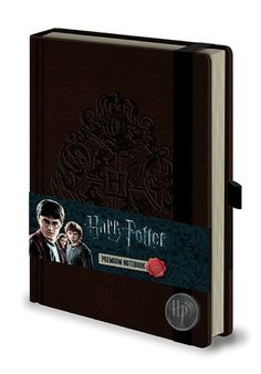 Take your wizadry notes and spell incantations down in true Harry Potter style! A perfect bound 'leather look' A5 notebook with an embossed Hogwarts logo on the cover makes this a wonderful journal for muggles.