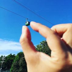 I caught it #旅 #旅行 #trip #Travel #Journey #instatravel #travelstagram #intsatrip #tripstagram #instajourney #travelgram #wanderlust #ropeway #ロープウェイ #ケーブルカー #cablecar  #ベトナム #Vietnam  #空 #sky #blue #青 #碧 #蒼 #instasky #skystagram #ダレカニミセタイソラ (by nahomadara)