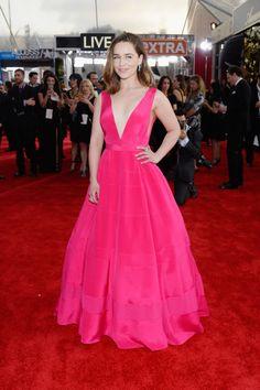Emilia Clarke en Dior. | Los 19 mejores vestidos de los SAG Awards 2016
