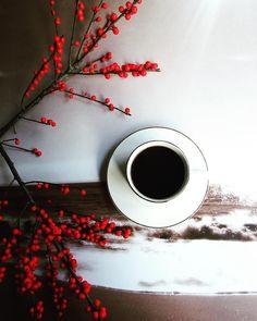 "199 aprecieri, 34 comentarii - Love morning coffee☕ (@by_camilla_coffee_moment) pe Instagram: ""Good morning ☆ #morninglikethese #morningcoffee #mokalovers #tv_stilllife #stillography…"""