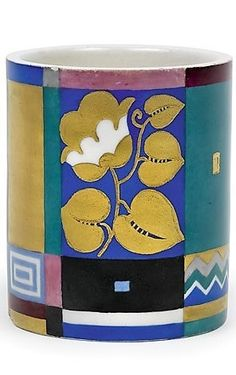 Dagobert Peche (autrichien, 1887 - 1923) Titre :     Schale , 1912  Support :     ceramic, painted Taille :     7 cm. (2.8 in.)