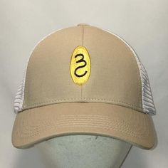 fb2b4ec4abfbc Vintage Snapback Fishing Hat Angler Fisherman Dad Cap Beige White Mesh  Baseball Caps Hats For Men Gifts T31 MA7153