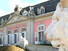 'Schloss Benrath in Düsseldorf' von Dirk h. Wendt bei artflakes.com als Poster oder Kunstdruck $22.17
