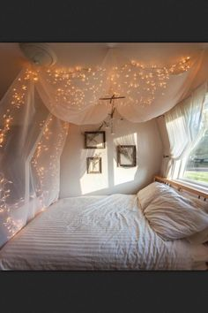 Nook With Le Light Canopy Turn Off The Bedroom Lights And Would Like Be Sleeping Under Stars