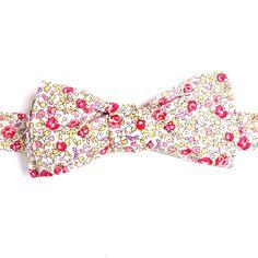 Noeud papillon Eloise Rose Fluo, le nouveau classique de Liberty of London Fluo Pink Eloise Liberty Bow Tie