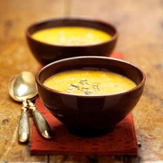 Butternut Squash and Carrot Soup: 1 tbsp butter, 3 cups butternut squash (about 1 small squash), 2 cups carrots (4 medium carrots), 3/4 cup leeks or chopped onion,  2 14 1/2 oz can chicken broth, 1/4 tsp pepper,  1/4 tsp nutmeg, 1/4 cup half-and-half, Fresh tarragon sprigs