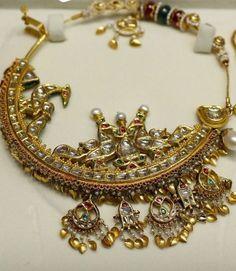 Necklace Organizer Travel near Jewellery Brands Singapore, Jewellery Jewelry Nyc against Jewellery Stores Online South Africa Royal Jewelry, India Jewelry, Gold Jewelry, Jewelery, Jewellery Box, Diamond Jewellery, Bridal Jewellery, Jewellery Shops, Jewelry Stand