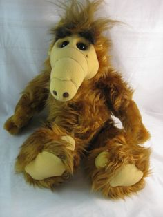 80s Alf Toy. I have this! It even talks!