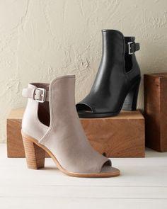 4b3516615e6dd2  268 Donald Pliner Kara Shoes