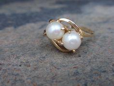 Vintage Pearl Ring 10k Crossover ladies by LuceesTreasureChest