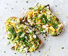 Avocado med majs og ost