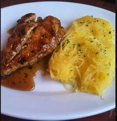 Ruby Tuesday has a Hickory Bourbon Chicken with 355 calories. They offer it with a side of spaghetti squash and grilled zucchini. My fave is grilled zucchini and a trip to the salad bar.