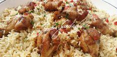 Frango: coloque o frango para marinar com a cachaça, a cebola, o alho, a pimenta, a salsa, a páprica e sal a gosto. Deixe marinando por 2 horas. Em uma panela, esquente o óleo com a cebola inteira.…
