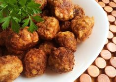 Beef and Vegetable Meatballs - Cooking for Busy Mums Dinner On A Budget, Hidden Veggies, Winter Vegetables, Spaghetti And Meatballs, Side Salad, Air Fryer Recipes, Beef Recipes, Food To Make, Food And Drink