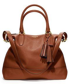 Close to the one coming in the mail! Matching wallet and Momma bought be a #COACHBABYTOTBAG! I hate to wait! :( @Judith Zissman de Munck Lieder #Spoiled
