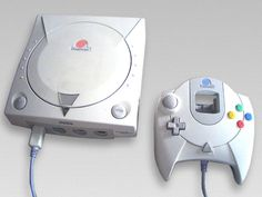 "My favourite game console EVER, the first ""next gen"" console and the first online console, it's the beautiful DREAMCAST form SEGA <3"
