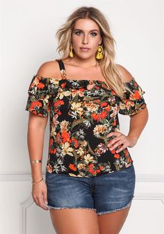 Buy plus size women's tops from Fashionmia. We have women's plus size fashion tops of many trendy styles and colors with cheap price. Plus Size Fall Fashion, Curvy Fashion, Trendy Fashion, Autumn Fashion, Fashion Black, Fashion Fashion, Fashion Ideas, Vintage Fashion, Plus Size Going Out Outfits
