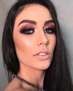 Aprenda a fazer makeup profissional - - Girls Makeup, Glam Makeup, Beauty Makeup, Hair Makeup, Unique Makeup, Colorful Eye Makeup, Natural Makeup, Makeup Artist Kit, Makeup Kit