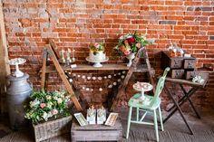 Tischdeko Ideen im rustikalen Stil - ein Dessert Buffet arrangieren