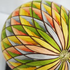 Temari Patterns, Christmas Centerpieces, Art Object, Japanese Culture, String Art, Easy Crafts, Embroidery, Inspiration, Beautiful