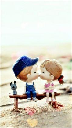 Cute Cartoon Kissing Couple iPhone 6 Wallpaper