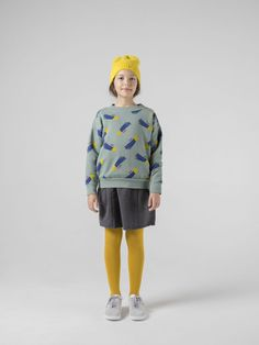 A Star Called Home Sweater from Bobo Choses We Cosmos collection. Made from a super soft organic cotton this sweater has a comfy slouchy fit and Latest Clothing Trends, Kids Clothing Brands, Kid Clothing, Woman Clothing, Coton Bio, Fashion Kids, Girls Shopping, Kids Wear, Shorts