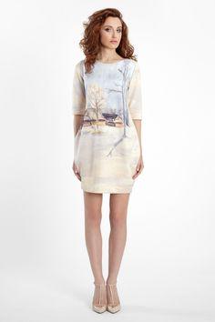 Sukienka z miękkiego materiału z motywem zimowym
