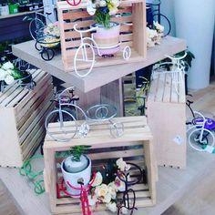 Bicis de todos los colores y estilos en #DecoOutlet PBX 3222023 disfruta decorando tus espacios!! Outlet, Bar Cart, Furniture, Home Decor, Bicycles, Spaces, Colors, Decoration Home, Room Decor