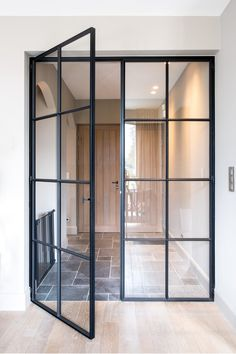 Französische Inneneinrichtung Home Sweet Home Glass Door, House Design, Steel Doors, Interior Exterior Doors, Home, French Doors Interior, House, Modern House, Doors Interior