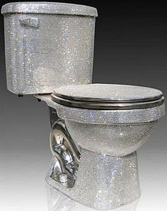 Swarovski-Encrusted Toilet - a work of art or a bad joke? It's hard to believe you'll use it by its purpose. Every centimeter of this toilet is covered with unbelievable Swarovski crystals. Imagine only how it is shining, glittering and dazzling. Bling Bling, Cool Toilets, Luxury Toilet, Futuristisches Design, Design Hotel, Interior Design, Toilet Design, Most Expensive, Household Items