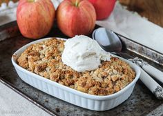 This Small Serving Apple Crisp is the perfect guiltless indulgence for when you don't need an entire pan of apple crisp in the kitchen! It's gluten free, refined sugar free, and vegan. Paleo Sweets, Healthy Desserts, Dessert Recipes, Healthy Baking, Healthy Foods, Paleo Apple Crisp, Apple Crisp Recipes, Vanilla Bean Cheesecake, Blueberry Crisp