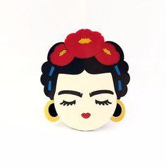 Large Frida brooch