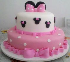 festa minnie rosa - Pesquisa Google Torta Minnie Mouse, Bolo Minnie, Minnie Mouse Birthday Cakes, Minnie Mouse Baby Shower, Minnie Mouse Pink, Minnie Mouse Cake, Bolo Laura, 4 Tier Wedding Cake, Friends Cake