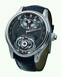 Bonito reloj aunque curioso