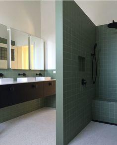 Victorian Home Interior Badkamer boys Interior Simple, Interior Styling, Cheap Wall Decor, Cheap Home Decor, Bad Inspiration, Bathroom Inspiration, Bathroom Interior Design, Home Interior, Home Finder