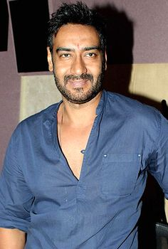 My dogs like to chill with me when I read the morning papers, says Ajay Devgn! - http://www.bolegaindia.com/gossips/My_dogs_like_to_chill_with_me_when_I_read_the_morning_papers_says_Ajay_Devgn-gid-36073-gc-6.html